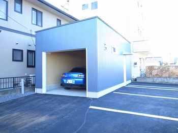garage_outside.jpg